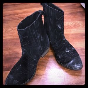 Rebels Black Distressed Suede Boots - New